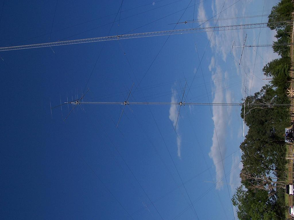Top of 20M stack with 7 ele 15 mounted on top at 200'