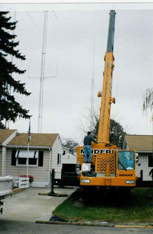 Crane arrives for installation of new Force12 Sigma-280S.